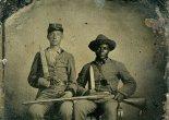 Soldado confederado junto con su criado personal